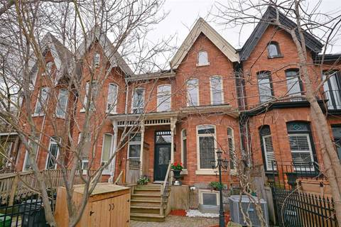 Townhouse for sale at 96 Seaton St Toronto Ontario - MLS: C4437014