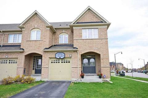 Townhouse for sale at 96 Sussexvale Dr Brampton Ontario - MLS: W4454325