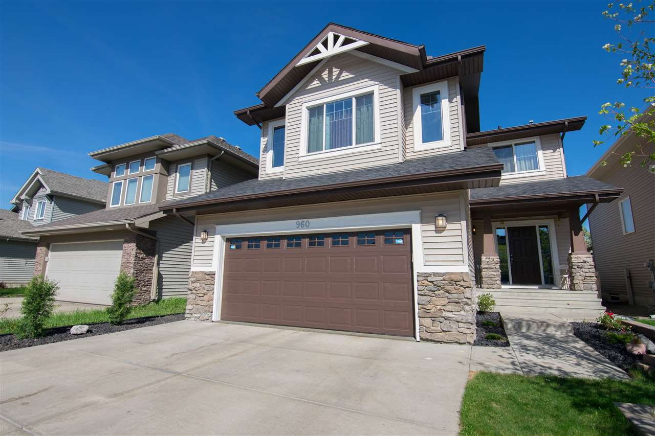 For Sale: 960 Chahley Crescent North West, Edmonton, AB | 3 Bed, 2 Bath House for $530,000. See 23 photos!