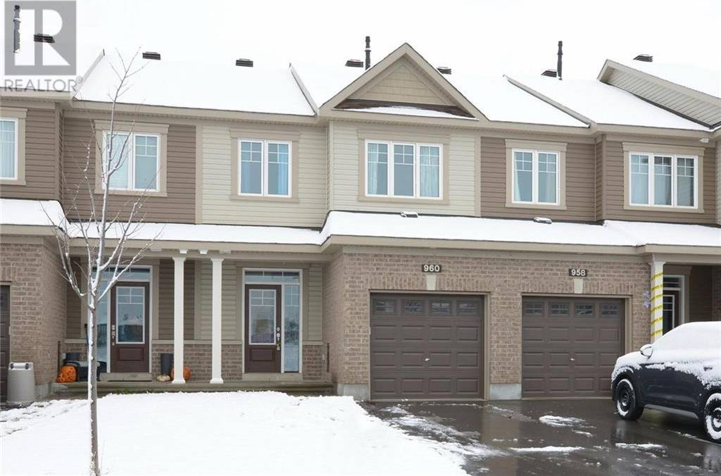 Townhouse for sale at 960 Kilbirnie Dr Ottawa Ontario - MLS: 1174955