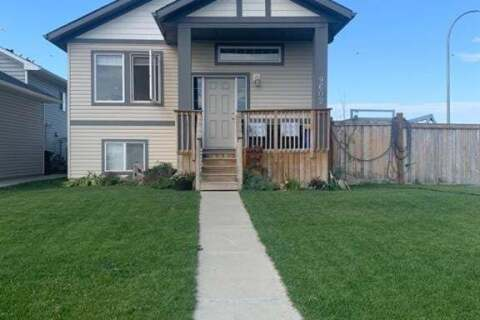 House for sale at 9602 113 Ave E Clairmont Alberta - MLS: A1026511