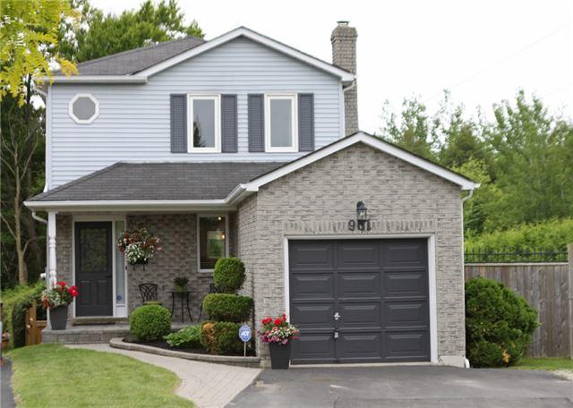 Sold: 961 Greenlane Court, Oshawa, ON