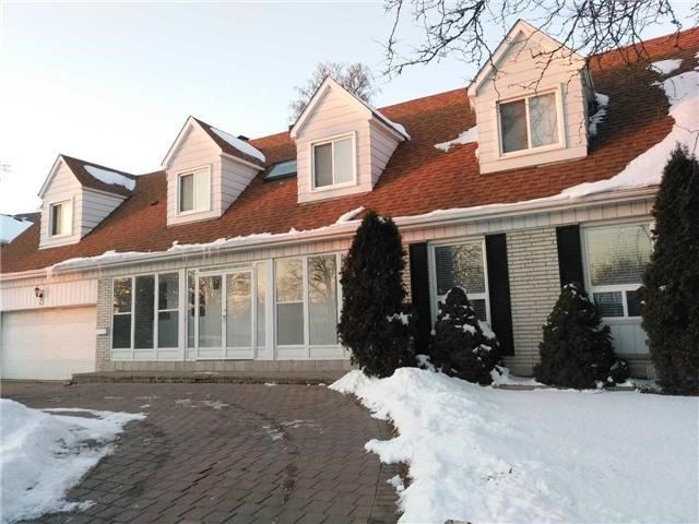 For Sale: 962 Huntingwood Drive, Toronto, ON | 4 Bed, 5 Bath House for $1,290,000. See 11 photos!