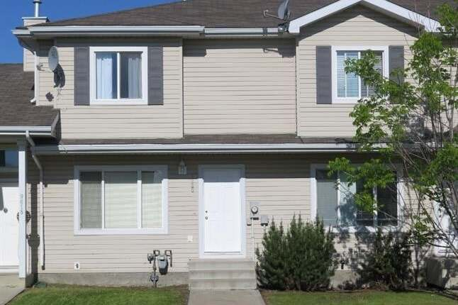 Townhouse for sale at 9620 90a St Grande Prairie Alberta - MLS: A1003499