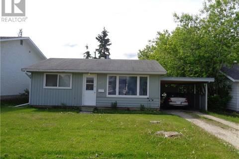 House for sale at 9627 107 Ave Grande Prairie Alberta - MLS: GP206023