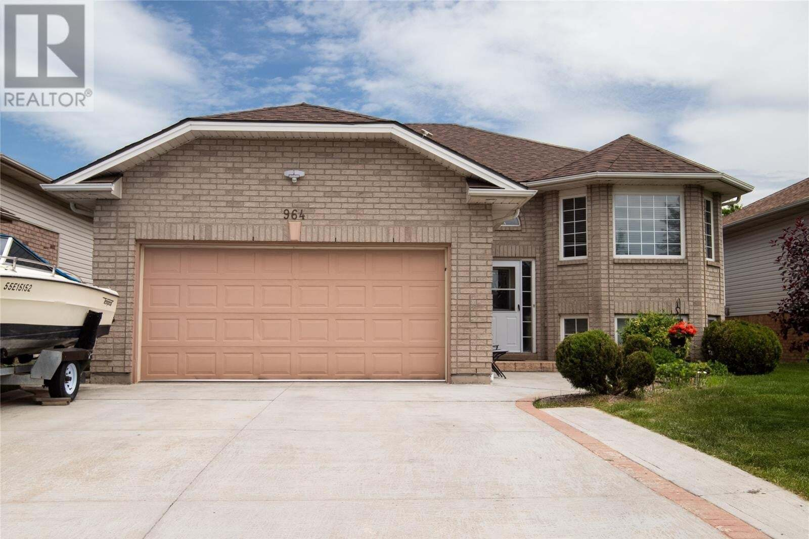 House for sale at 964 Bellagio  Windsor Ontario - MLS: 20006420