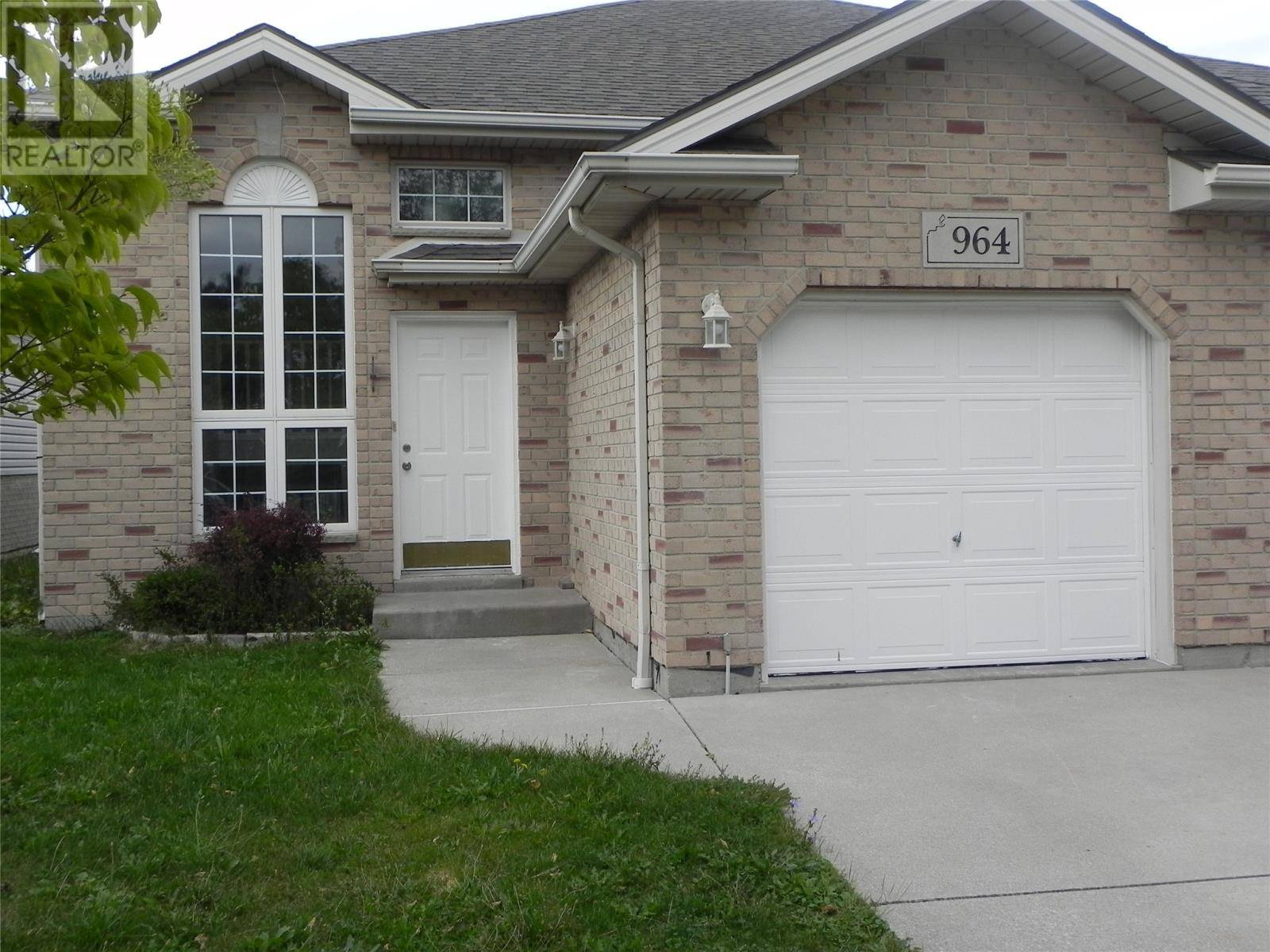 House for rent at 964 Silverdale  Windsor Ontario - MLS: 19026018