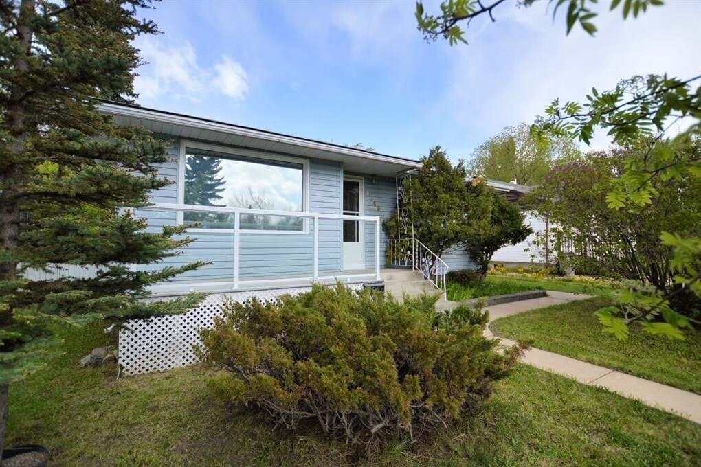 House for sale at 9646 Hillcrest Dr Grande Prairie Alberta - MLS: A1001551