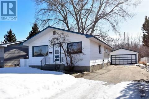 House for sale at 9647 112 Ave Grande Prairie Alberta - MLS: GP204290