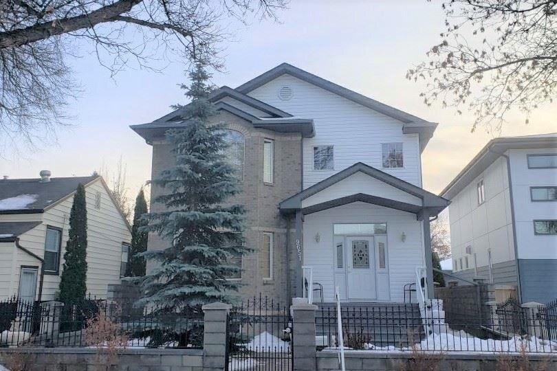 House for sale at 9651 80 Av NW Edmonton Alberta - MLS: E4224039