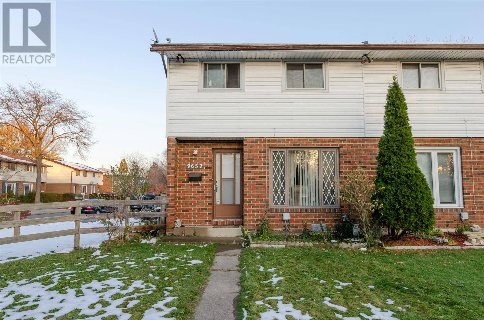 9657 Melville Drive, Windsor | Image 1
