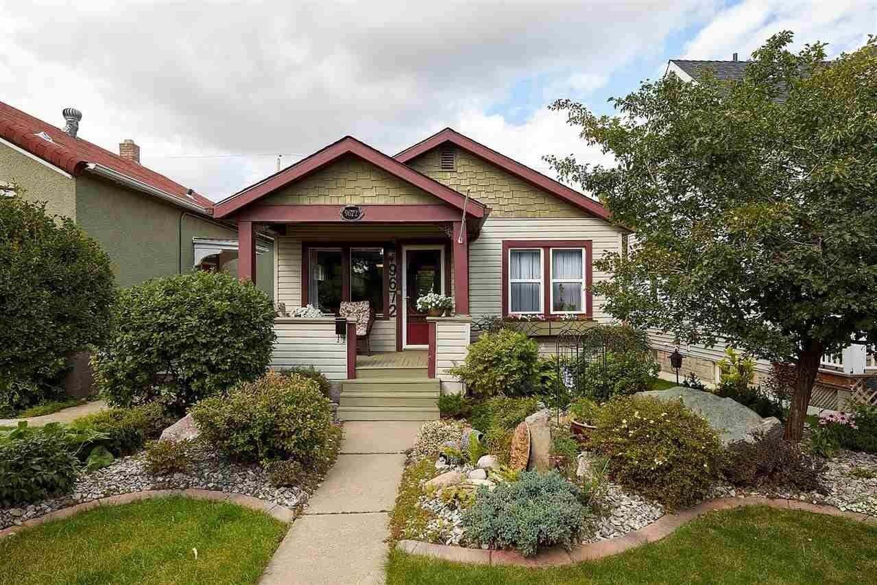 House for sale at 9672 86 Av NW Edmonton Alberta - MLS: E4213085