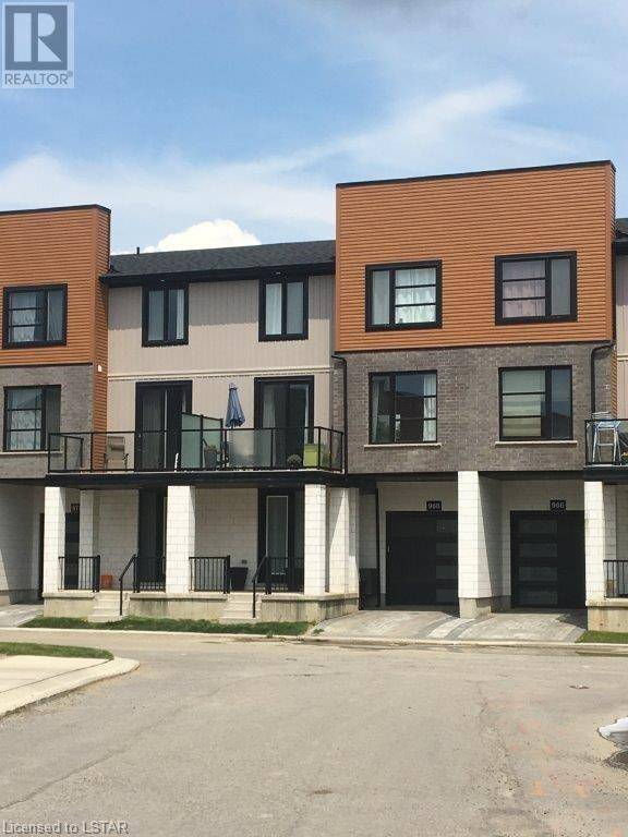 Townhouse for sale at 968 West Village Sq London Ontario - MLS: 215201