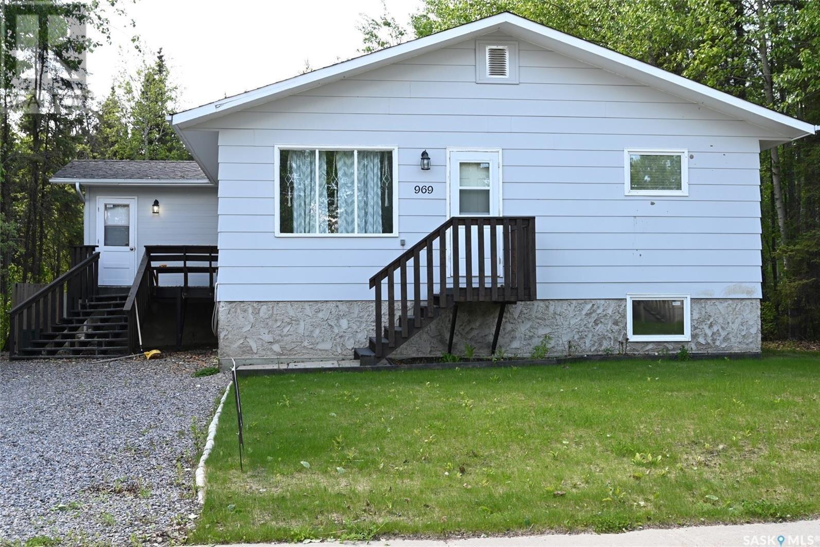 House for sale at 969 Sinotte Cres La Ronge Saskatchewan - MLS: SK839236