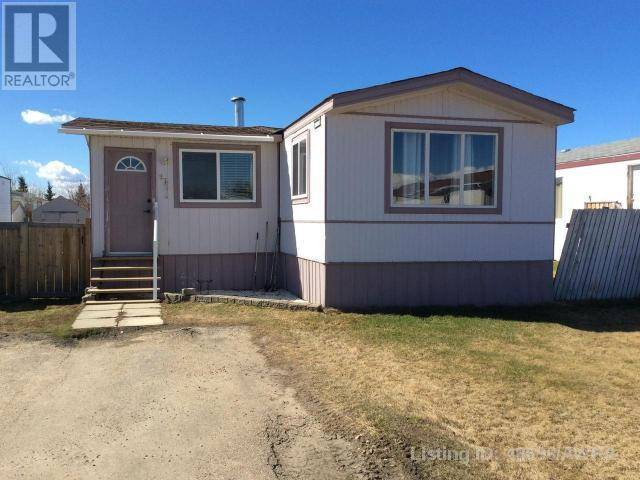 Home for sale at 812 6 Ave Sw Unit 97 Slave Lake Alberta - MLS: 48696