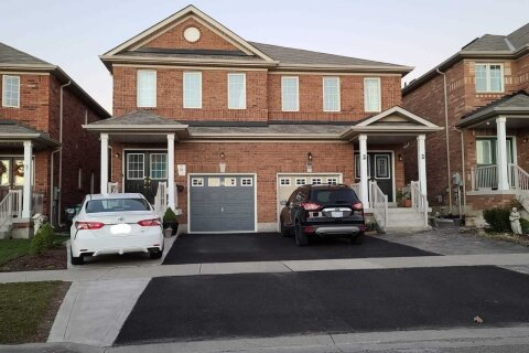 Townhouse for rent at 97 Heartview Rd Brampton Ontario - MLS: W4995617