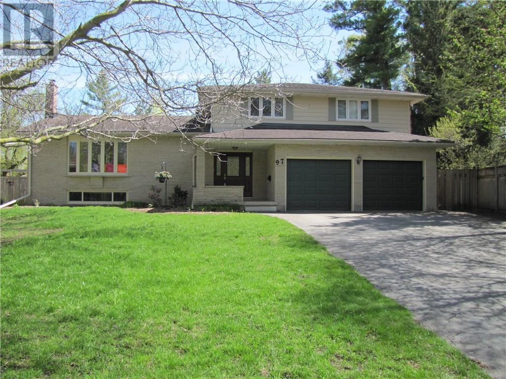 Removed: 97 Keats Walk, Waterloo, ON - Removed on 2019-05-22 08:03:14