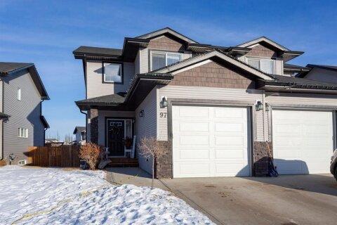 Townhouse for sale at 97 Piper Cs Blackfalds Alberta - MLS: A1057778