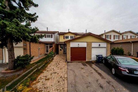Townhouse for sale at 97 Rakewood Cres Toronto Ontario - MLS: E4968912
