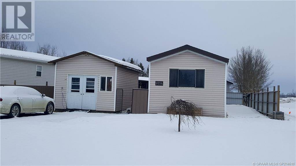 House for sale at 9704 107 Street Crescent Hythe Alberta - MLS: GP214610