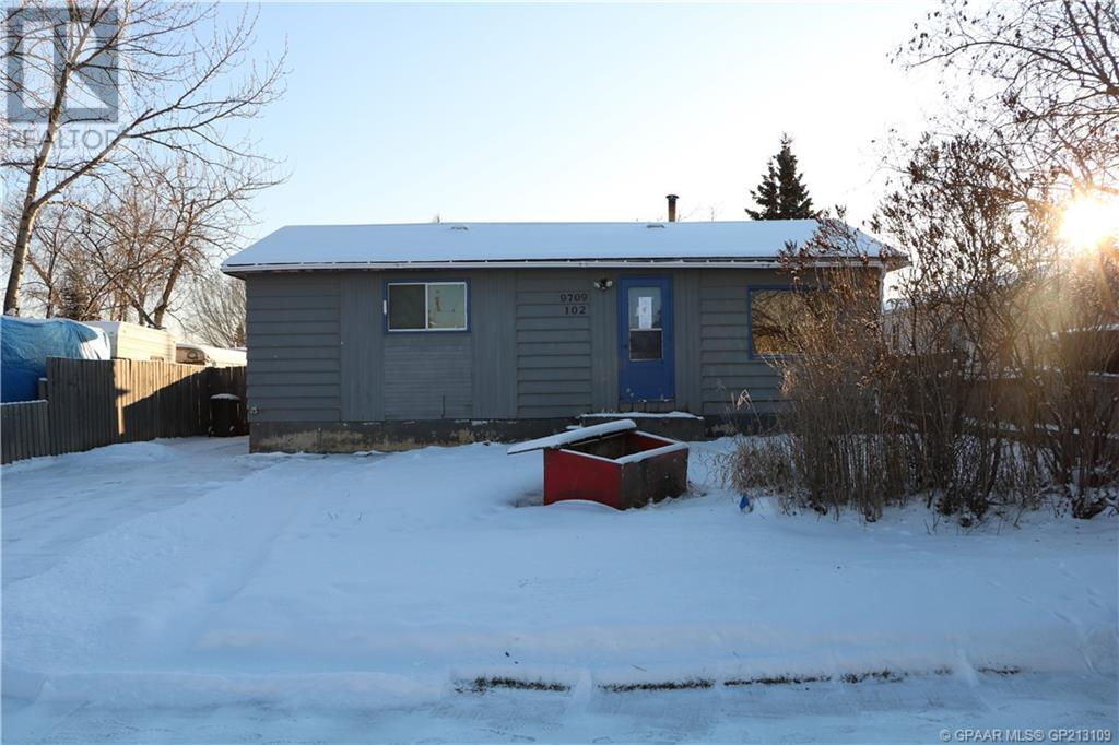 Removed: 9709 102 Avenue, Clairmont, AB - Removed on 2020-01-28 04:42:24