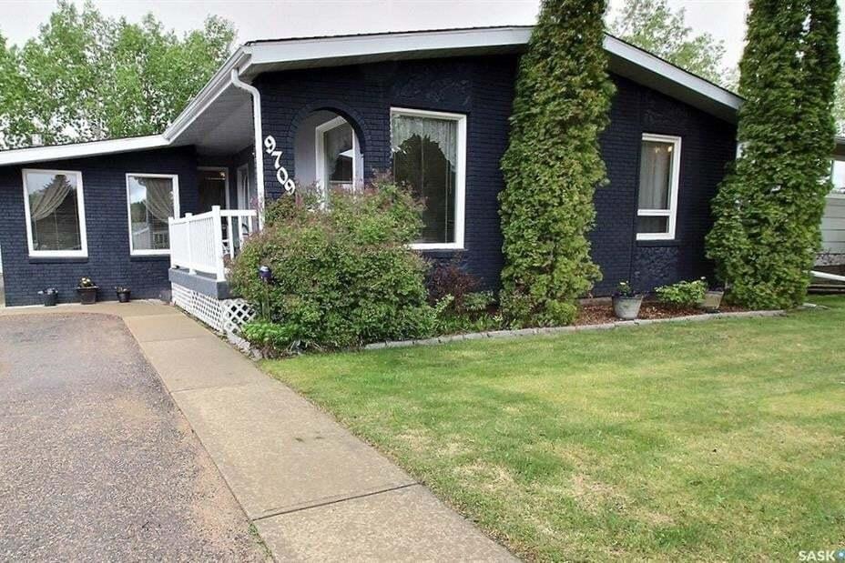 House for sale at 9709 97th Dr North Battleford Saskatchewan - MLS: SK811458