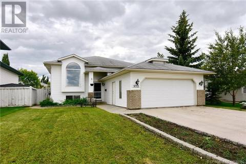 House for sale at 9713 63 Ave Grande Prairie Alberta - MLS: GP207553