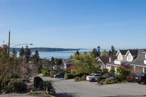 House for sale at 972 Kent St White Rock British Columbia - MLS: R2479009