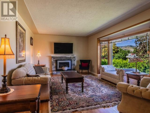 For Sale: 973 Fraser Street, Kamloops, BC | 4 Bed, 2 Bath House for $610,000. See 34 photos!