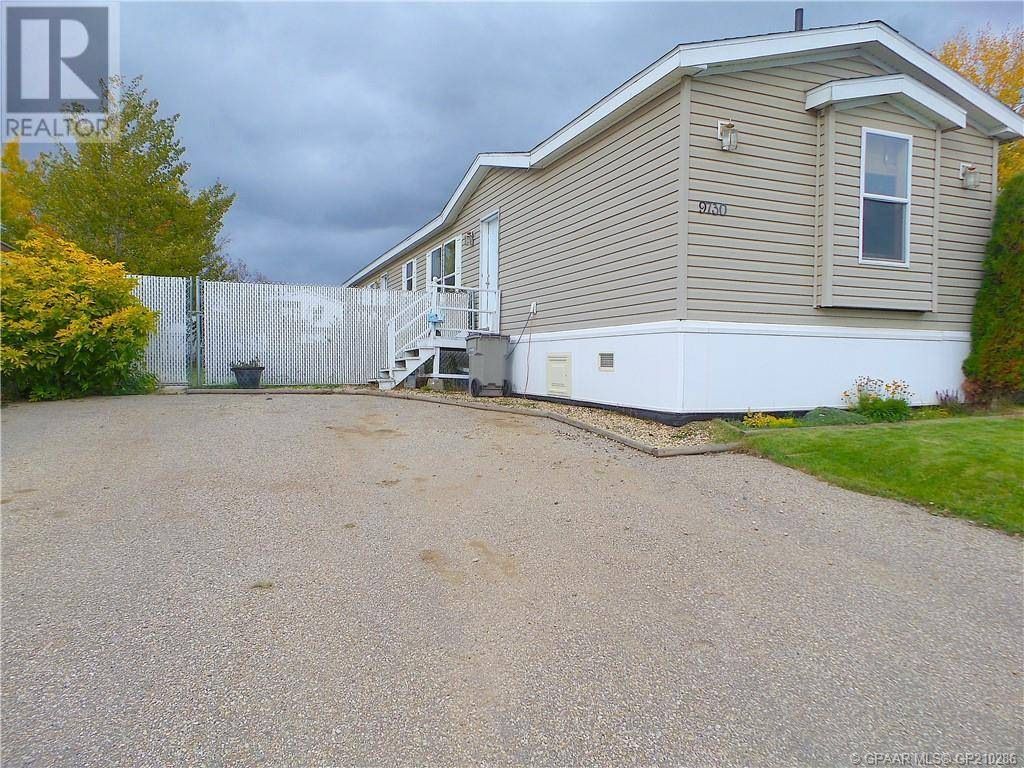 House for sale at 9730 120 Ave Grande Prairie Alberta - MLS: GP210286