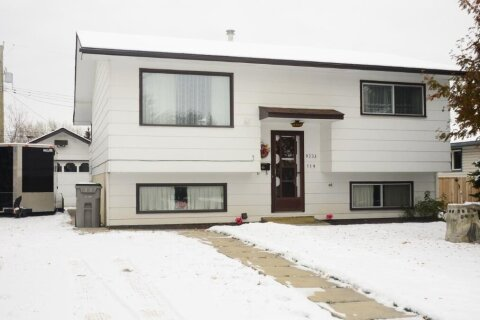House for sale at 9733 119 Ave Grande Prairie Alberta - MLS: A1044985