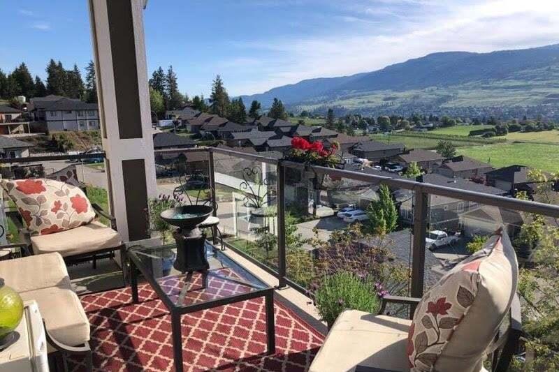House for sale at 9733 Santina Rd Lake Country British Columbia - MLS: 10205479