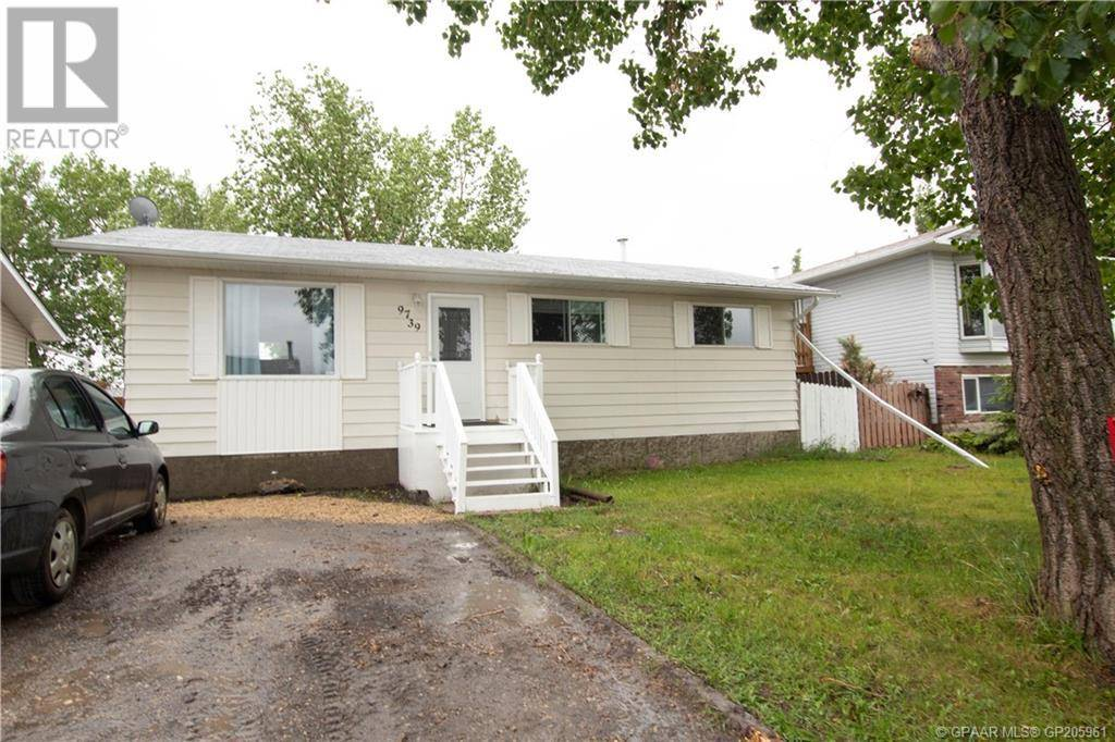 House for sale at 9739 95 Ave Wembley Alberta - MLS: GP205961