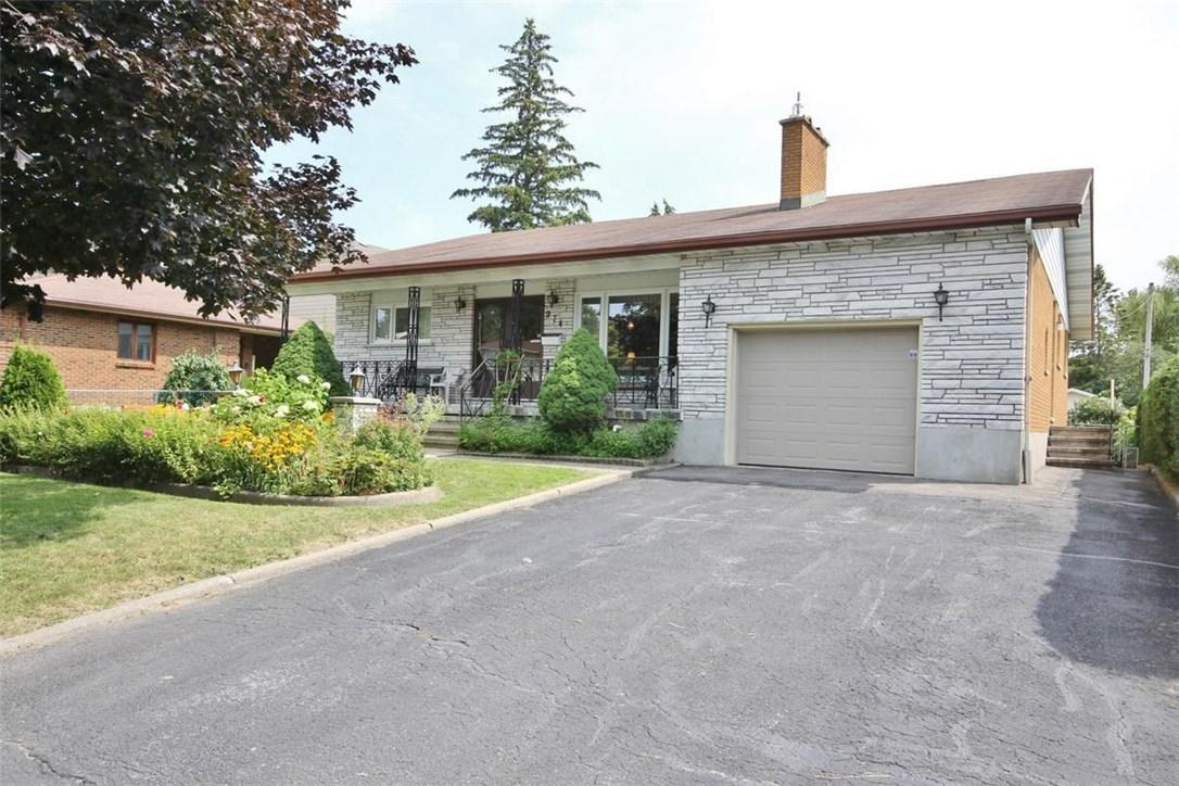 For Sale: 974 Greenbriar Avenue, Ottawa, ON | 3 Bed, 3 Bath House for $515,000. See 30 photos!