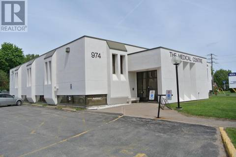 Commercial property for sale at 974 Queen St E Sault Ste. Marie Ontario - MLS: SM124270