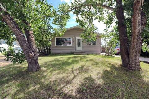 House for sale at 9745 117  Ave Grande Prairie Alberta - MLS: A1011710