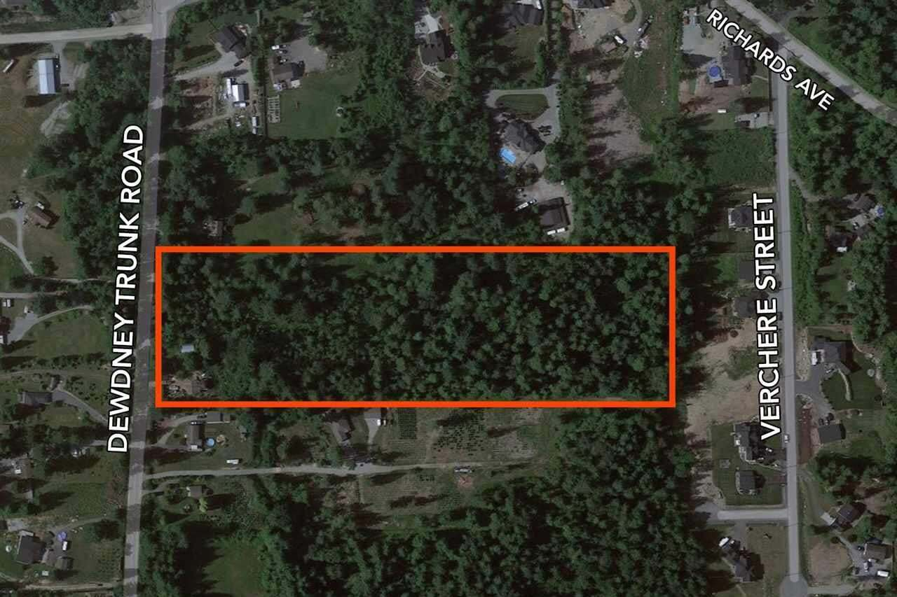 Residential property for sale at 9756 Dewdney Trunk Rd Mission British Columbia - MLS: R2471145