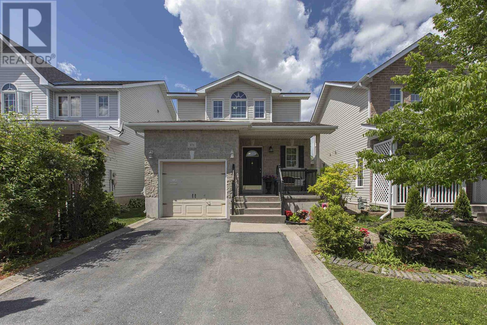 Removed: 976 Bluffwood Avenue, Kingston, ON - Removed on 2019-06-21 06:42:18