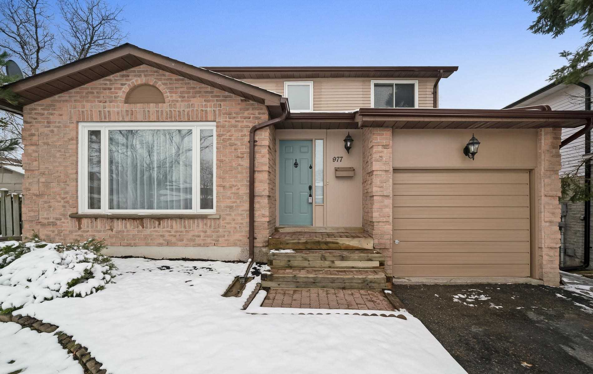 House for sale at 977 Ferndale Crescent Newmarket Ontario - MLS: N4314545