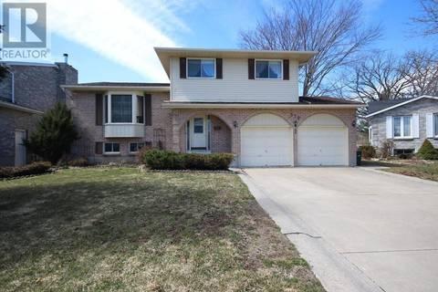 House for sale at 979 Bristol St Kingston Ontario - MLS: K19002302