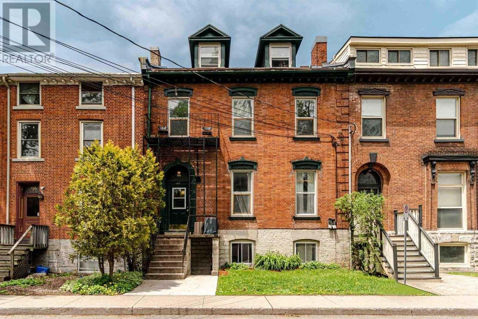 Townhouse for sale at 98 Bagot St Kingston Ontario - MLS: K20003757