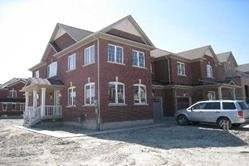 Townhouse for rent at 98 Bellchase Tr Brampton Ontario - MLS: W4537215
