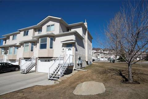Townhouse for sale at 98 Country Hills Gdns Northwest Calgary Alberta - MLS: C4238649