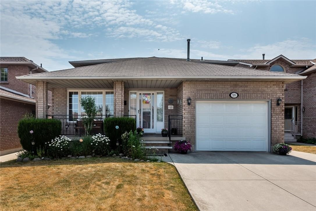 House for sale at 98 Fairington Cres Hamilton Ontario - MLS: H4082523