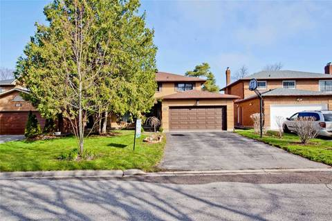 House for sale at 98 Golf Links Dr Aurora Ontario - MLS: N4439402