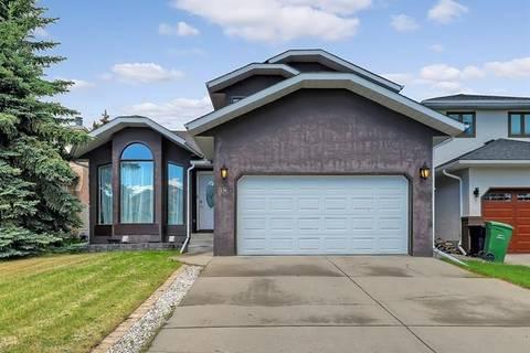 House for sale at 98 Hawkstone Dr Northwest Calgary Alberta - MLS: C4254623