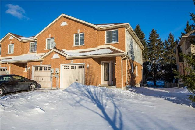 For Sale: 98 Leslie Avenue, Barrie, ON | 3 Bed, 3 Bath Townhouse for $429,000. See 14 photos!