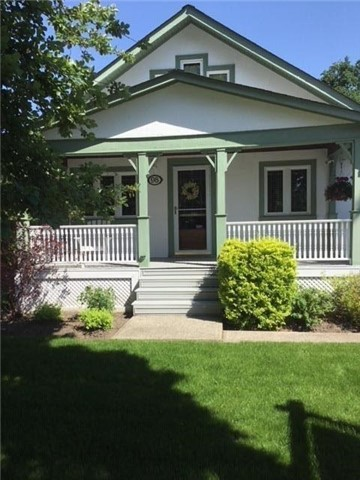 For Sale: 98 Metcalfe Street, Aurora, ON | 3 Bed, 2 Bath House for $899,000. See 14 photos!