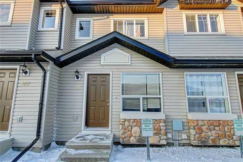 Townhouse for sale at 98 Saddlebrook Point(e) Northeast Calgary Alberta - MLS: C4277891