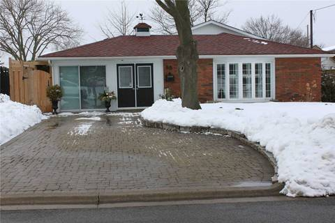 House for sale at 98 Thorncliffe St Oshawa Ontario - MLS: E4692339